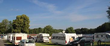 Camping und Badespaß am Postweiher